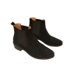 Steve Madden Dover Suede Chelsea Boots
